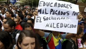 Profesores-Manuel-Campos-Foto-Reuters_NACIMA20160404_0052_5